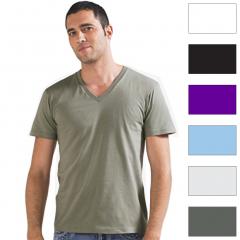 Tee-shirt homme, col en V profond à partir de 12€